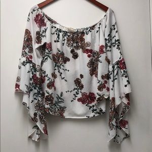 Gypsy floral Angel Top with Bell sleeves L